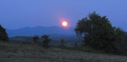Pun crveni mesec
