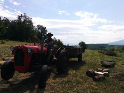 Tajanstveni traktor